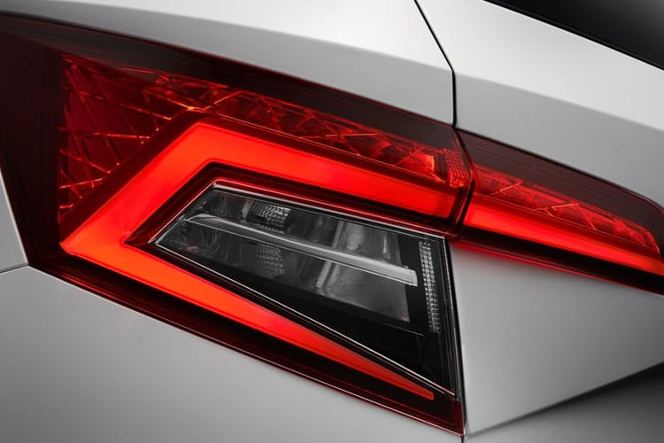 Skoda Karoq SUV 2.0 TDi 150PS SE L 5Dr Manual [Start Stop] detail view