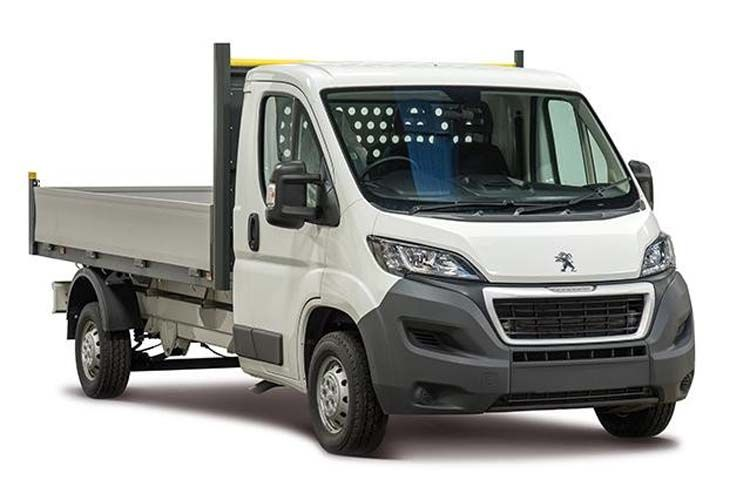Peugeot Boxer 335 L3 2.2 BlueHDi FWD 165PS Built for Business Plus Dropside Manual [Start Stop] front view